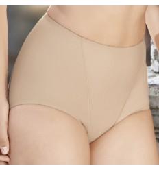 une culotte gainante conçue pour rendre le ventre plat